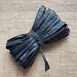 Raphia naturel noir spécial déco 10 mètres